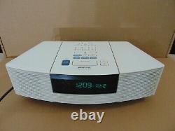 MINT White Bose Wave Radio CD Player Alarm Clock Model AWRC-1P 100% WORKING
