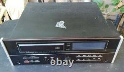 McIntosh MCD-7000 Stereo CD Compact Disc Player Works